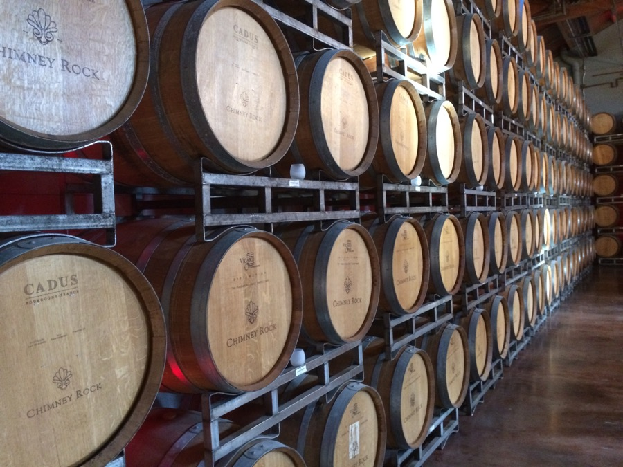 VINUM alcohol-barrel-basement