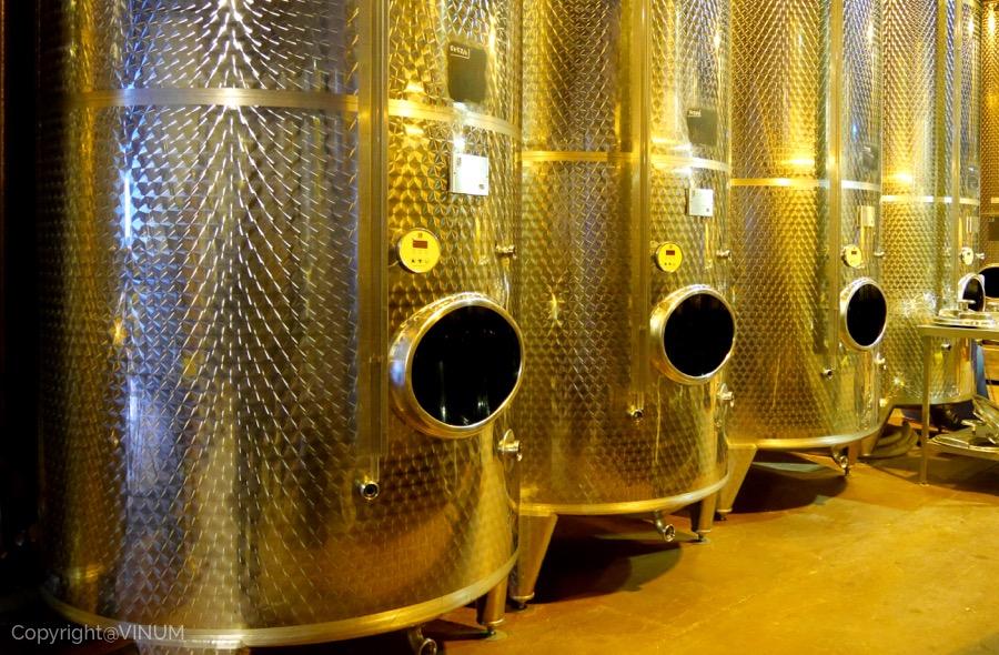 VINUM-wine-tank