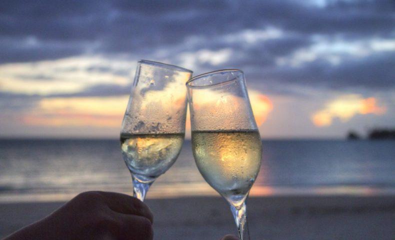 VINUM beach-champagne