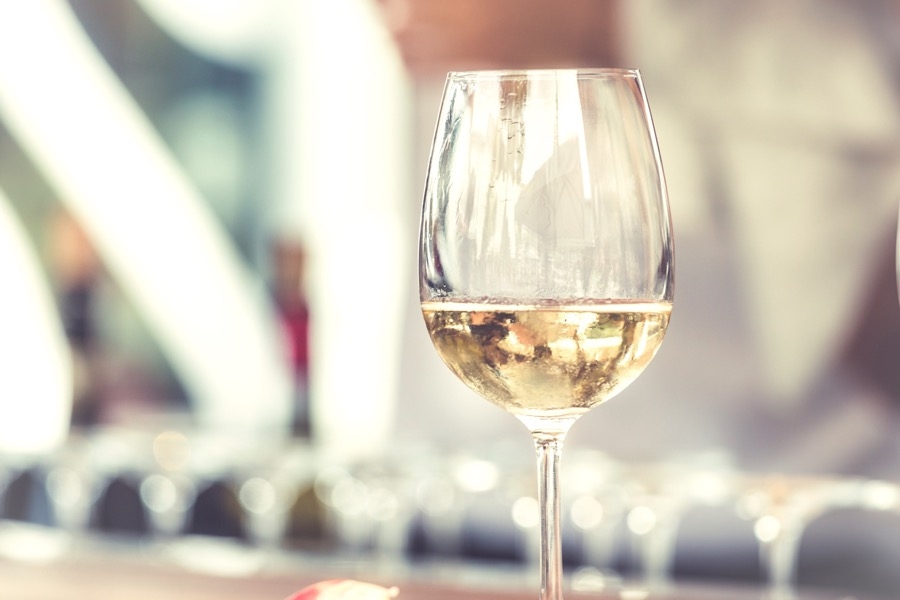 VINUM white-wine-glass