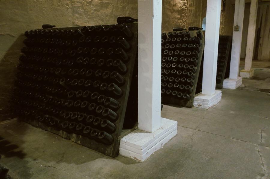 VINUM Wine-Riddling